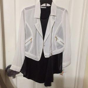 NWT. Thalia Sodi Cropped Blazer/Jacket